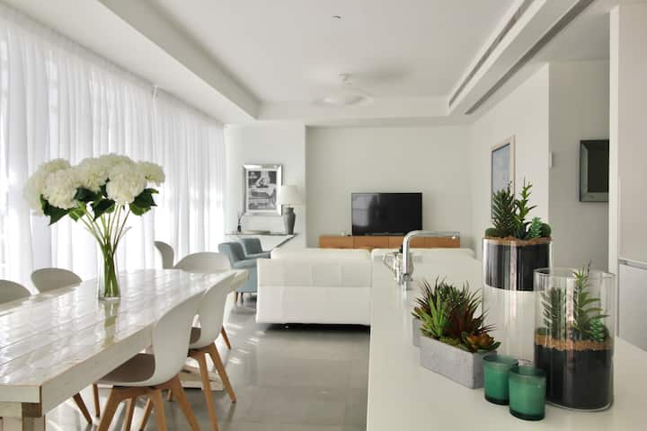 Rothshild bld-Luxurious 3 bedrooms-Terrace-Parking