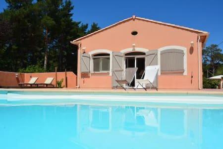 Loc 4 pers dans magnifique villa  - Plan-d'Aups-Sainte-Baume