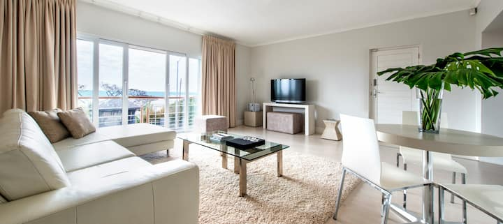 Stylish Studio with sea view, 50 meters to Beach