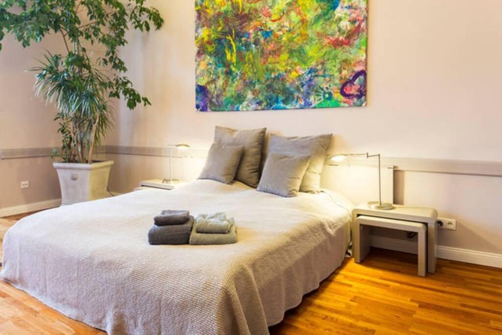 wohnen im sch nen charlottenburg flats for rent in berlin berlin germany. Black Bedroom Furniture Sets. Home Design Ideas
