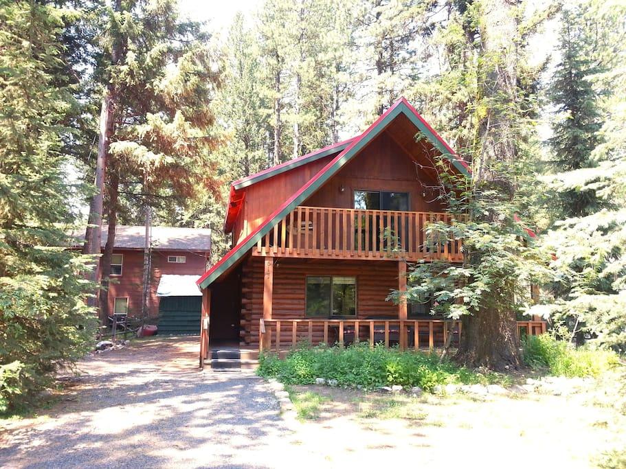 Spacious lake shore ponderosa cabin cabins for rent for Ponderosa cabins california