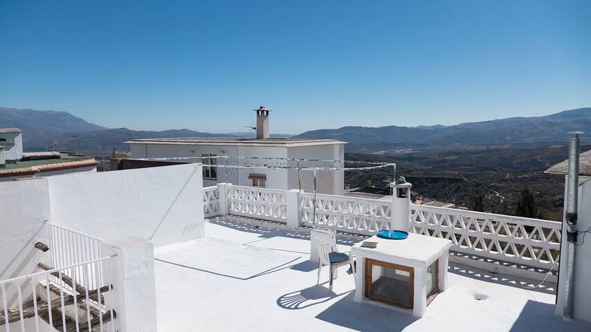La Casa Ultima, stunning Alpujarran views