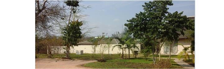 Ga-Machate Lodge: Mkhuhlu (Botho Family Unit)