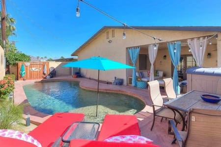 Casa Diaz: Entertainment Oasis w/ Private Pool