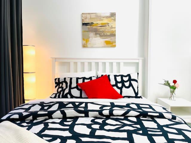 Luxury cozy master bedroom with ensuite bathroom