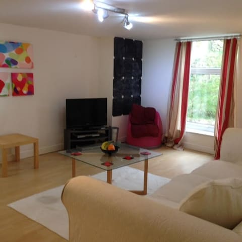 Lovely flat in Headingley Leeds - Leeds - Apartemen