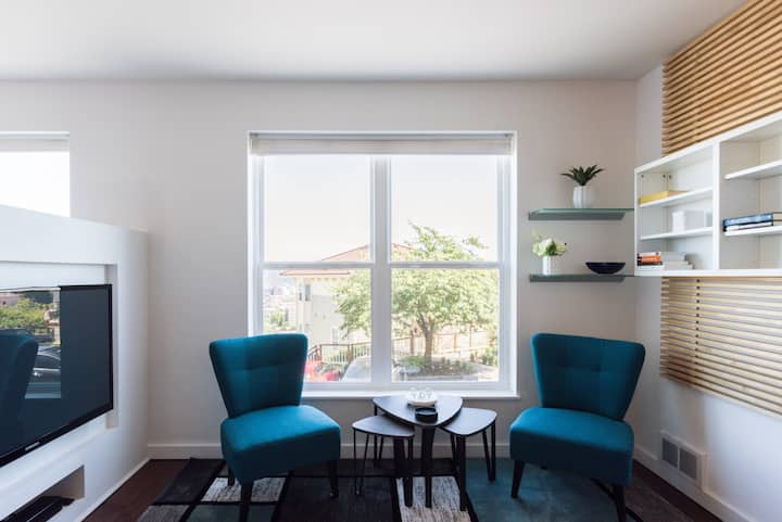 Immaculate, Remodeled and Modern Condominium