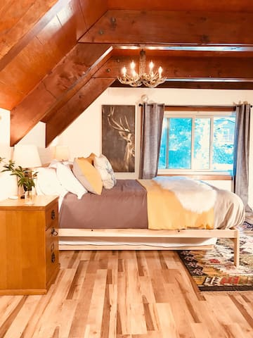 Upstairs queen bedroom with twin trundle