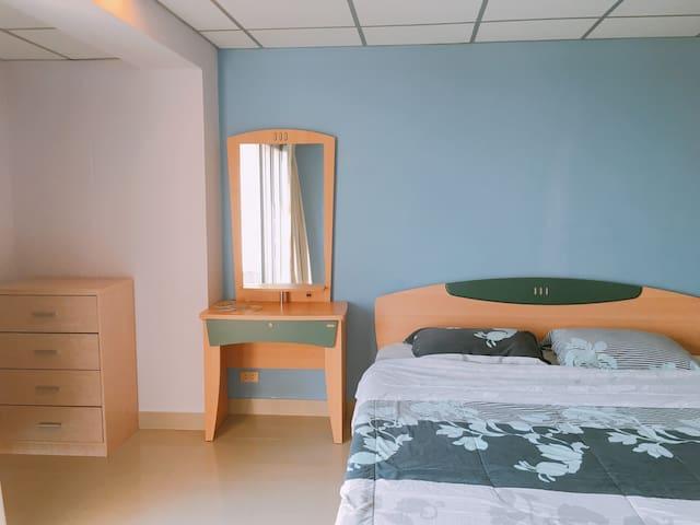 Room C805, Hin Nam Say Suay