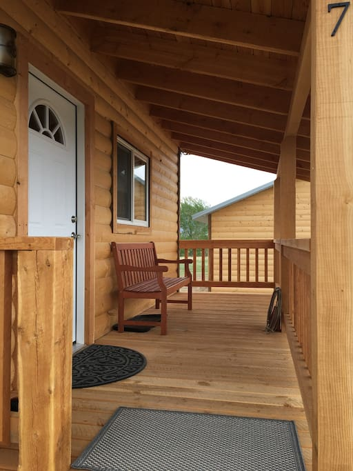 Come on in - Book both cabins for larger groups