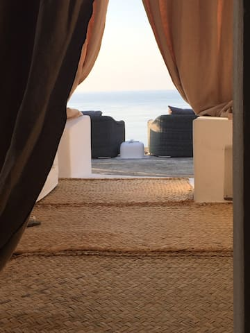 DAMMUSO DEI TURCHI - glamping Sicily - Pantelleria