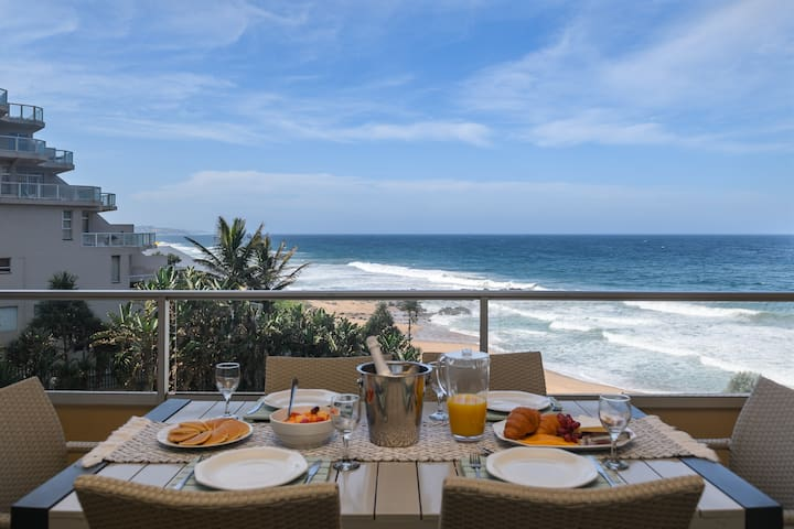 Ballito Luxury Family Apartment on the beach