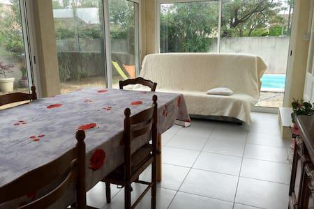 La véranda Provençale - Istres