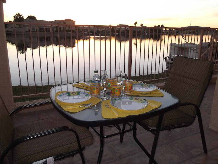 Lakefront patio dining