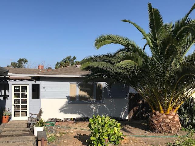 Casa Playa Feliz