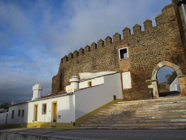 Casa do Castelo - Alandroal - Departamento
