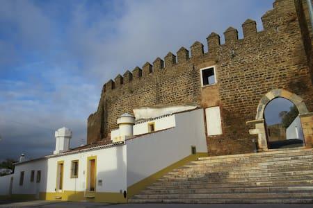 Casa do Castelo - Alandroal