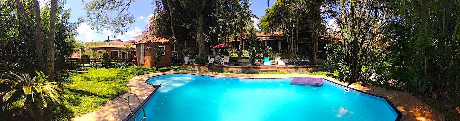 Locação p/ eventos e hospedagem - Ribeirão Pires - Dům