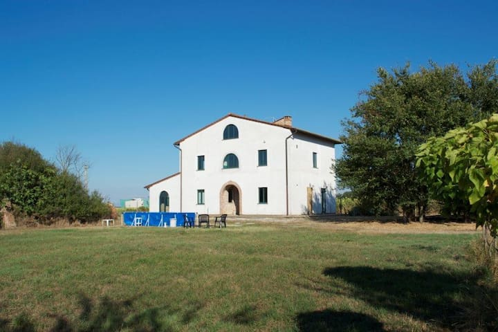 Nice countryhouse near Pisa - Collesalvetti - Rumah