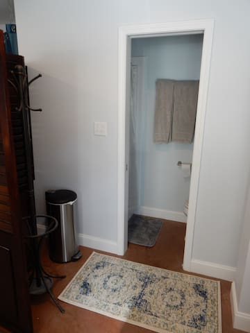 NEW studio apartment in Downtown Asheville!