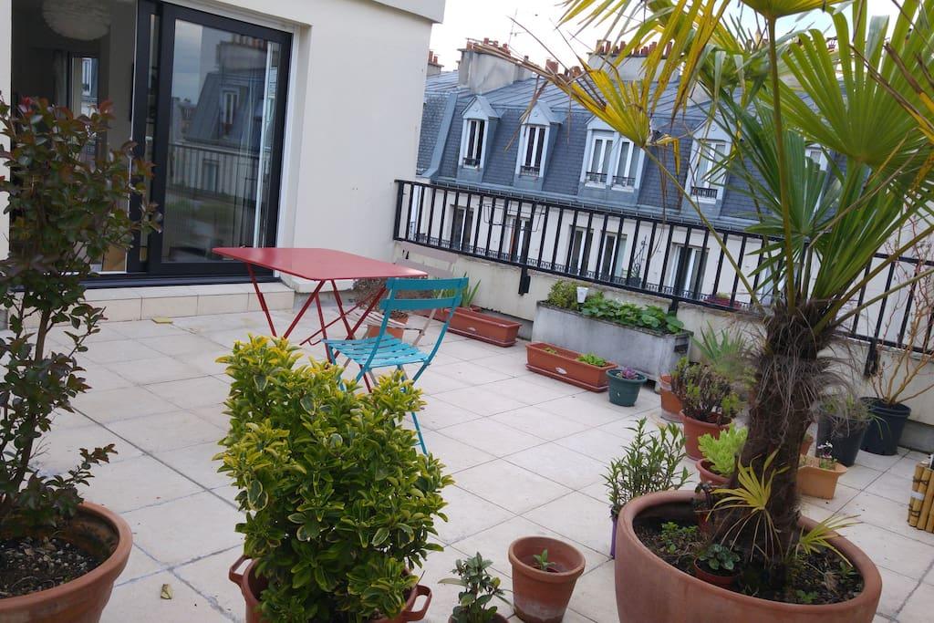 La terrasse / The rooftop