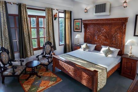 Chandralok Villa Super deluxe Room
