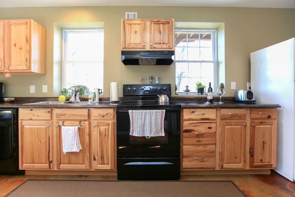 Fully equipped kitchen with everything you need, plus olive oil and balsamic.