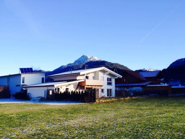 Haus am Lechweg - Gemeinde Weißenbach am Lech