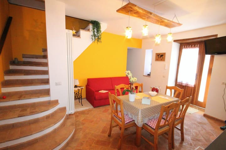 Airbnb San Lorenzo Nuovo Vacation Rentals Places To