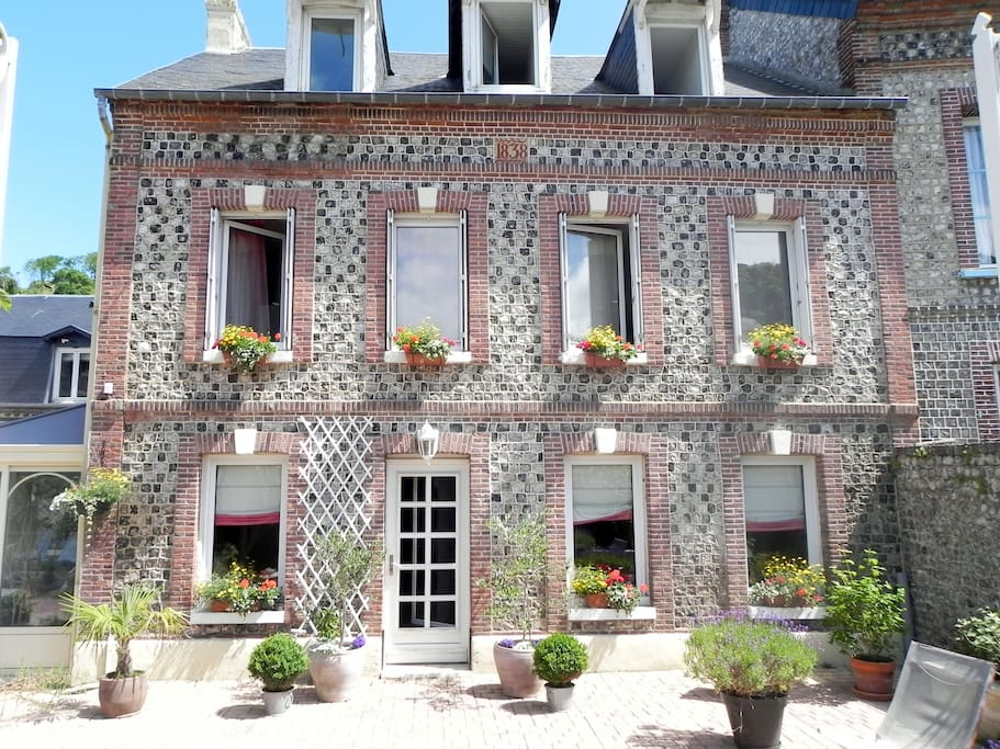 Location gite 10 15 pers a yport maisons louer for Chambre hote yport