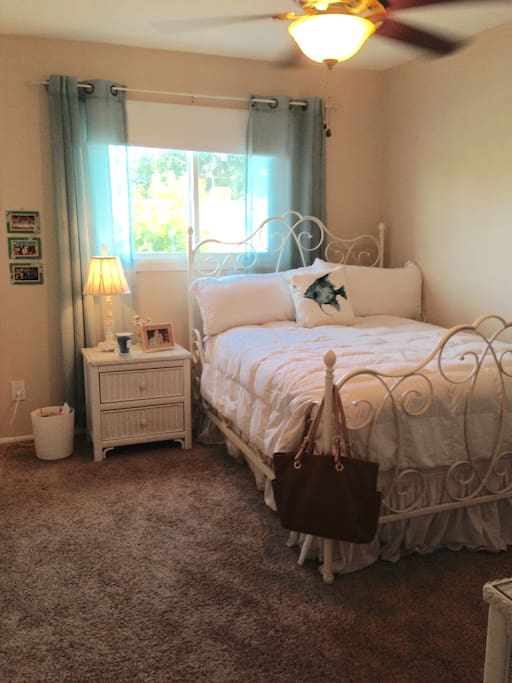 2nd bedroom - double bed