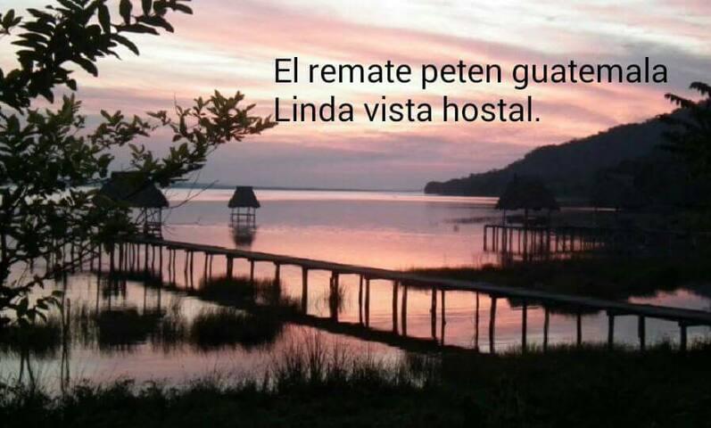 Hostal Linda Vista El Remate, TIKAL