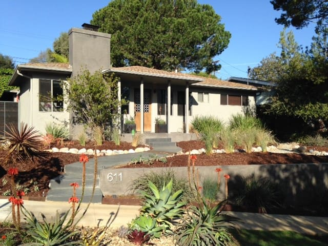 ZEN RETREAT IN PACIFIC PALISADES - Pacific Palisades - Dom