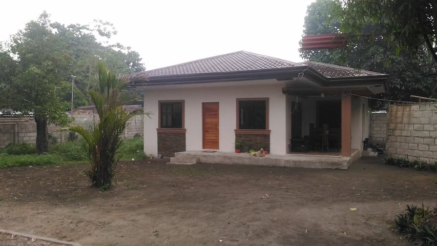 Fully-furnished house w/2 BR and lots of amenities - Dumaguete - Talo
