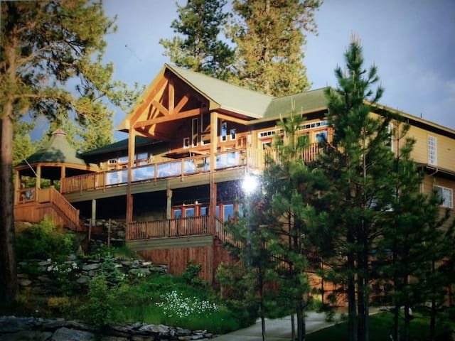 Coeur D' Alene Waterfront Home / Private Dock