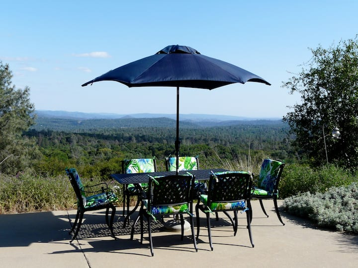 Butterfly Ridge--Pool Table, Amazing Views & Stars