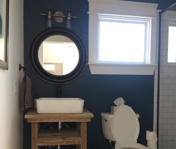 Fully updated beautiful bathroom.
