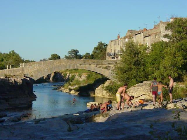 MAISON à louer  en Corbières  - Fontcouverte - Casa