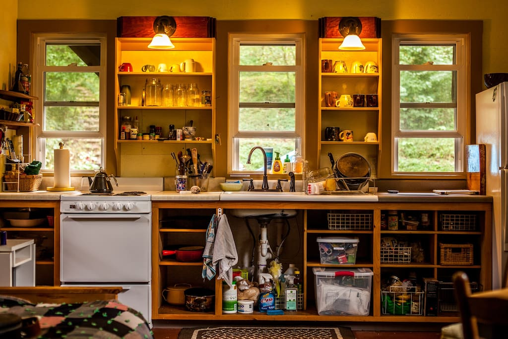 Barn kitchen has a fridge and cold and hot running water (except in winter, between Dec. 1 & Mar 15, when spring water is drawn from a freeze-proof hydrant 30 outside)
