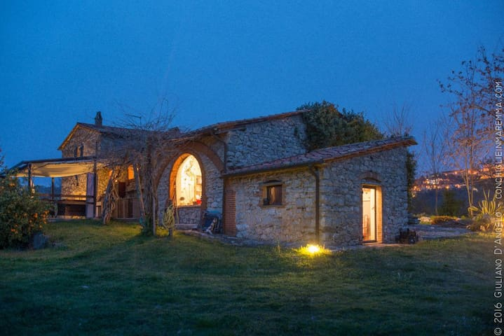 Farmhouse for groups - Manciano - Villa