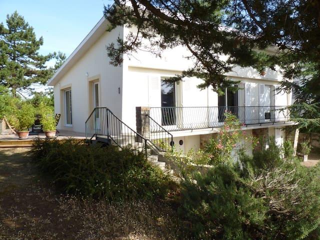 Villa spacieuse,50m de la plage - Agon-Coutainville - Dom