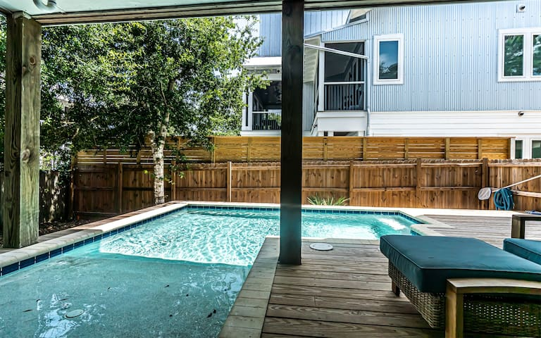 Prime 30A Seagrove Beach Rental on `Dogwood St` Located just Steps from Seaside Town Center + Private Pool