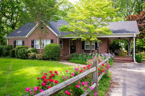 Spacious Clean Home Close To Wake Forest 4 Beds