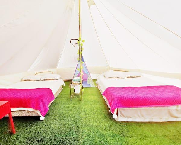 Wonderwander Glamping hunter valley luxury Tent 7