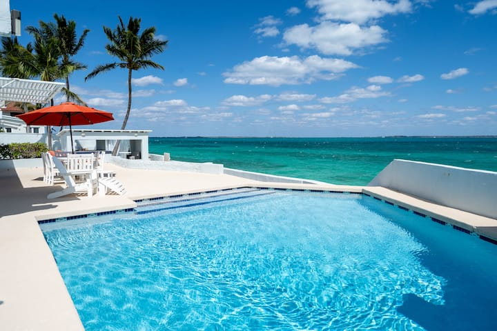 Post Isolation Deal! DELUX OCEANFRONT VILLA + POOL