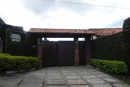 Chácara Konquista - Mairinque