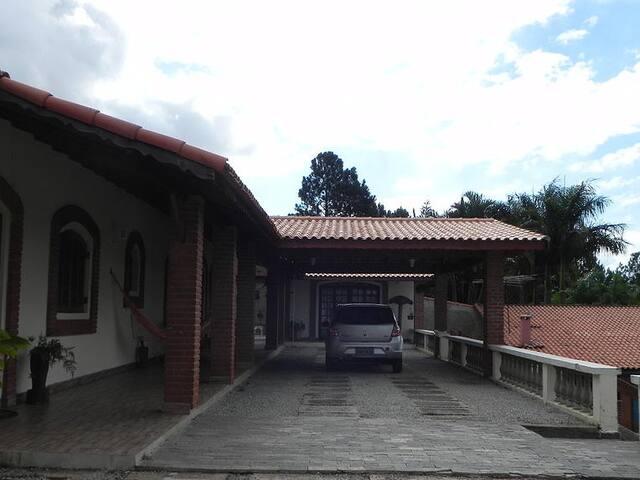 Casa Principal com 7 suítes