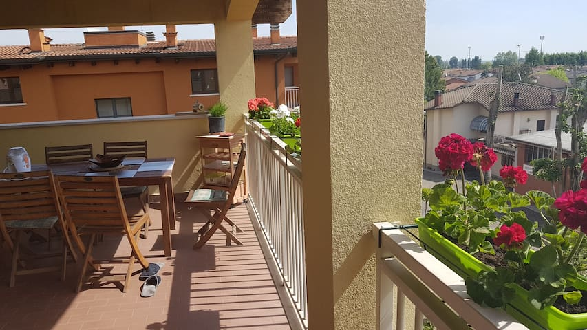 Very cozy apartment, 20km from Bologna