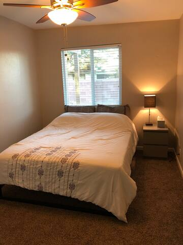 Comfortable room close Mt. Lemmon/ Sabino Canyon