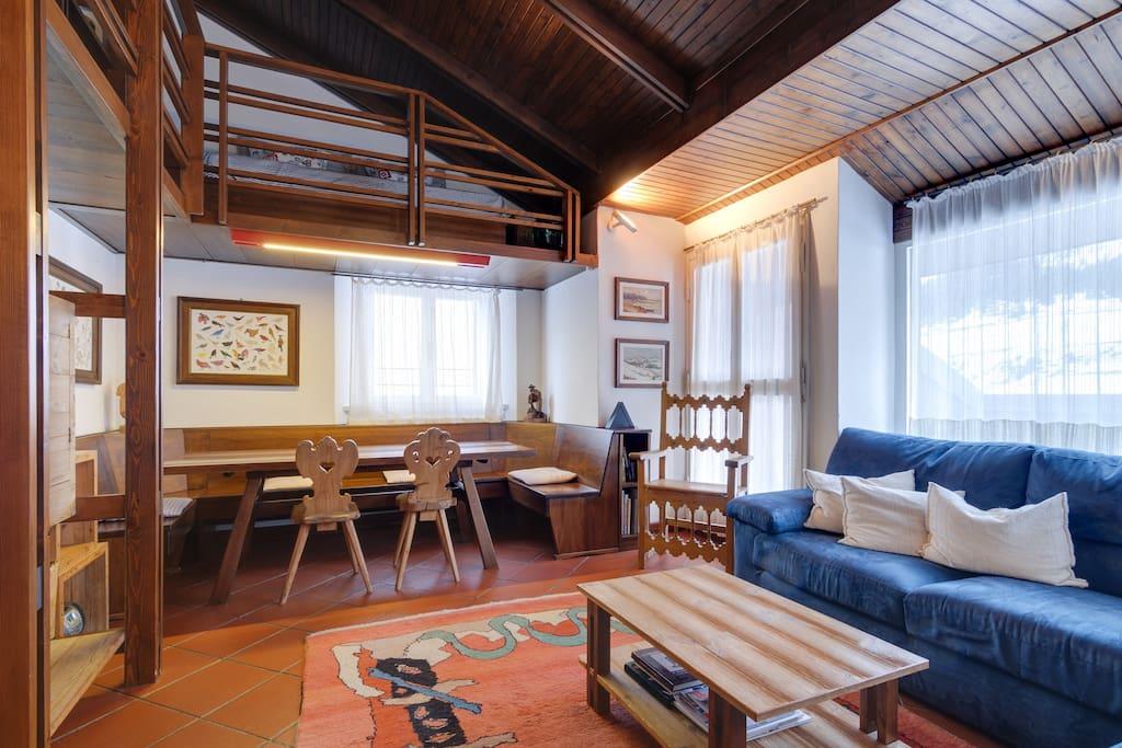 Appartamento attico a selva gardena appartamenti in for Selva di val gardena appartamenti